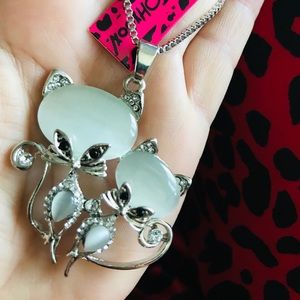 BETSEY JOHNSON~ Kitty Kay's Necklace